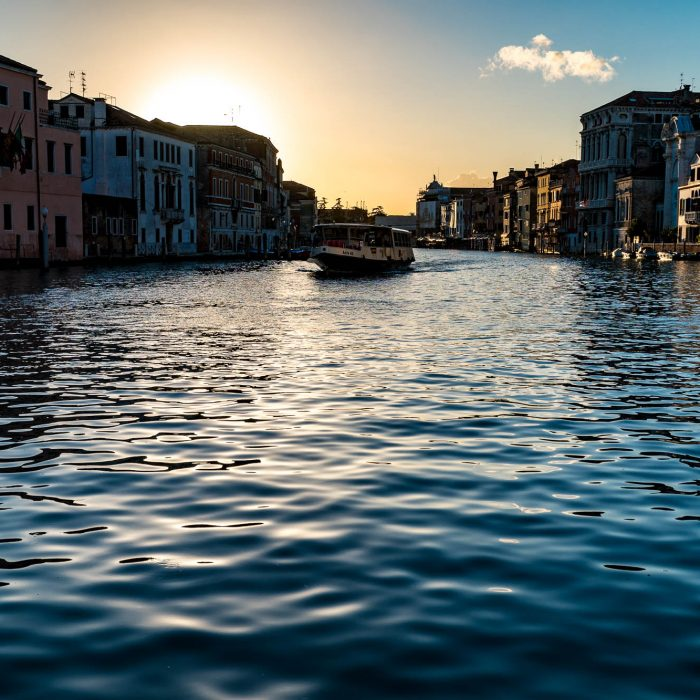 Vaporetto auf dem Canale Grande