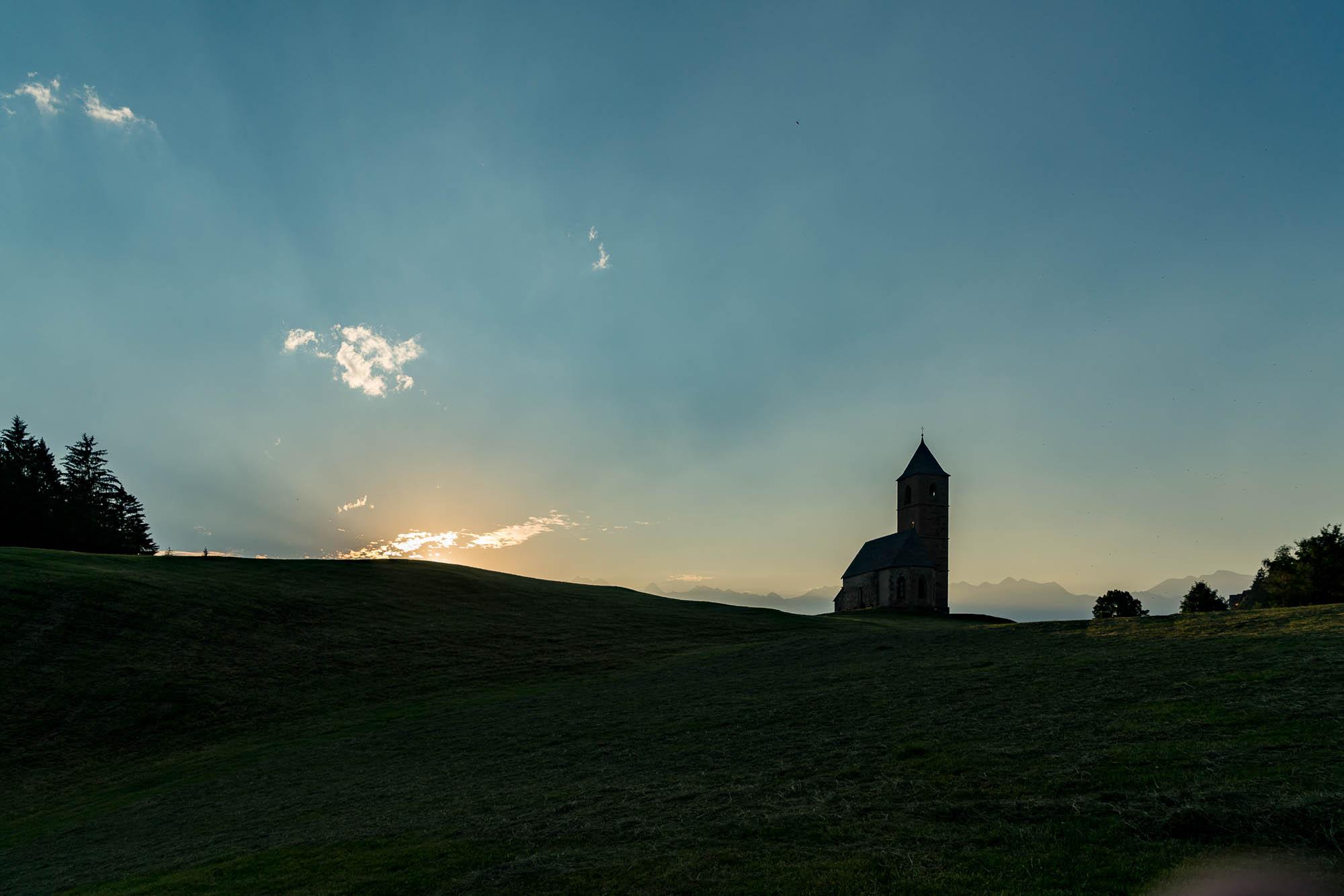 Kirche in Hafling, Südtirol (1)