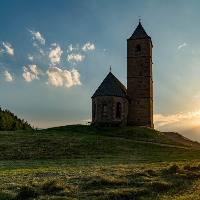 Kirche in Hafling, Südtirol (4)