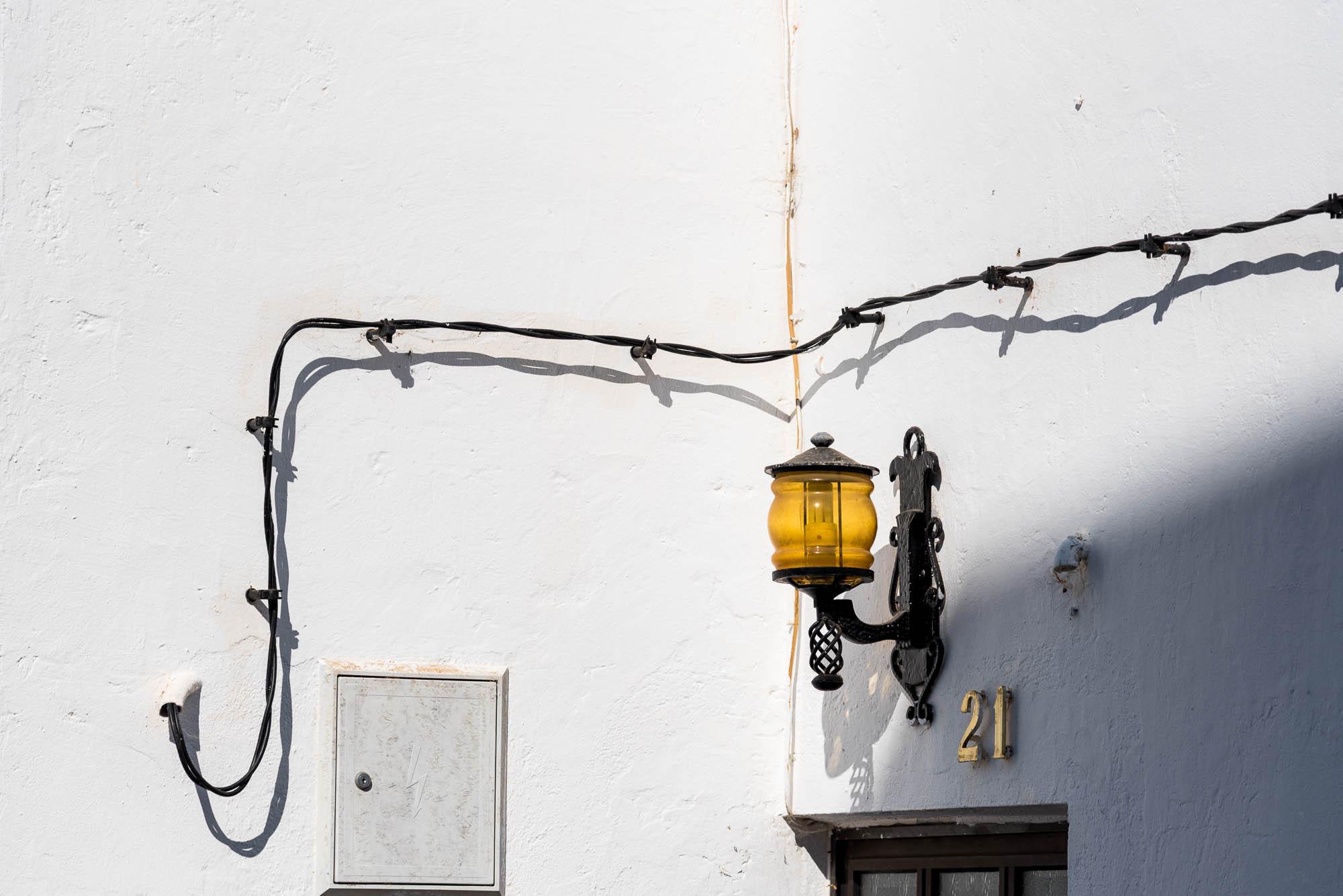 Licht, Schatten, Kabel